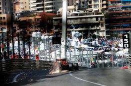 A revelação da temporada Max Verstappen acelera seu Red Bull na saída do túnel de Mônaco Jean-Francois Galeron/WRi2