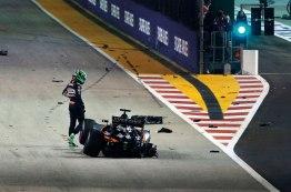 Nico Hulkenberg abandona o GP de Singapura depois do acidente na largada Jean François Galeron/WRi2