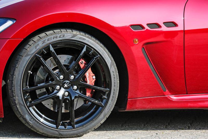 Maserati GranTurismo MC MY18 (27).jpg